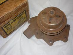 1941 -52 chevrolet water pump 839403