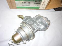 1960 Rambler double action fuel pump Carter 3011s (a 3011s)
