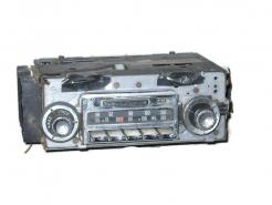 1964 Oldsmobile full size models used AM FM radio # 982251