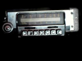 1951 1952 Desoto used am push button radio # m814