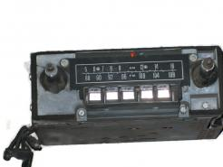 1964 Lincoln Continental used AM FM radio # f4tbc