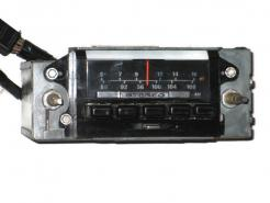 1972 Ford Galaxie used AM FM stereo radio # d2-19a241