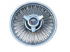 1964 Ford used simulated wire wheel spinner hub cap # 64fhc