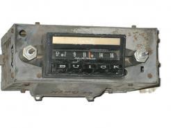 1962 Buick full size models used AM radio # 980296